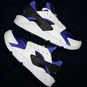 "Nike Air Huarache ""Persian Violet"""